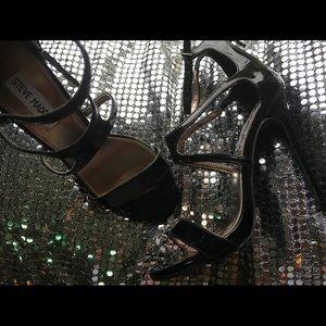 "Steve Madden 4 1/2"" black patent leather heels HOT"